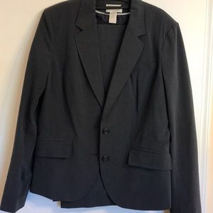 Gently worn suit, lined jacket 16 tall